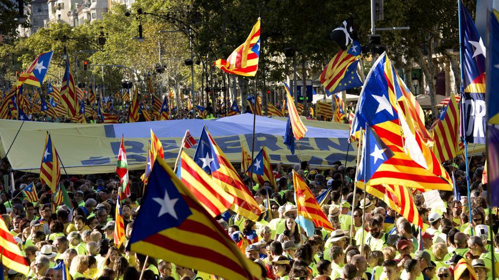 Ла-Диада-2018: манифестанты выйдут на улицы Барселоны под девизом «Да здравствует Каталонская республика!»