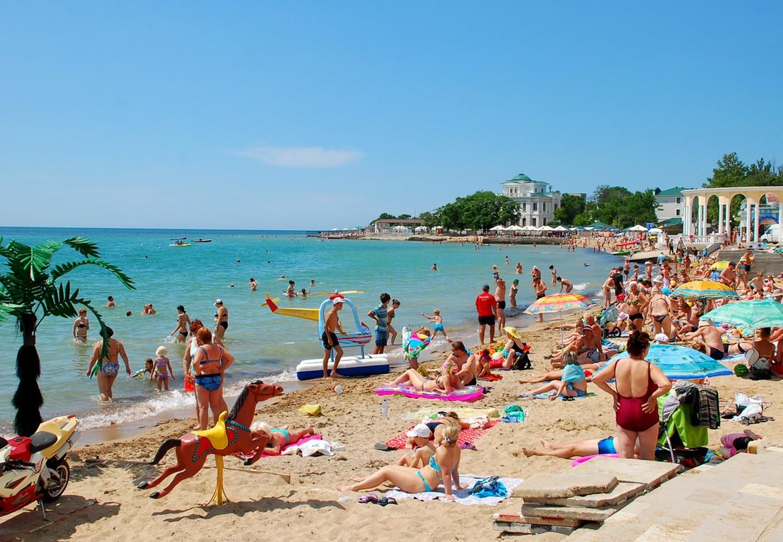 Власти Евпатории отказались от введения курортного сбора для туристов