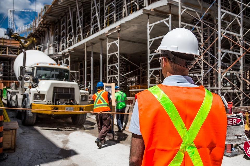 Испания возглавила новый европейский проект по обучению строительным специальностям