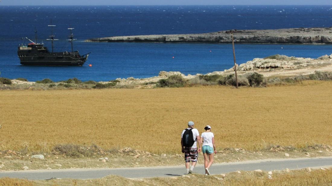 Туристы из России ужались на 9.2% в своих тратах на Кипре