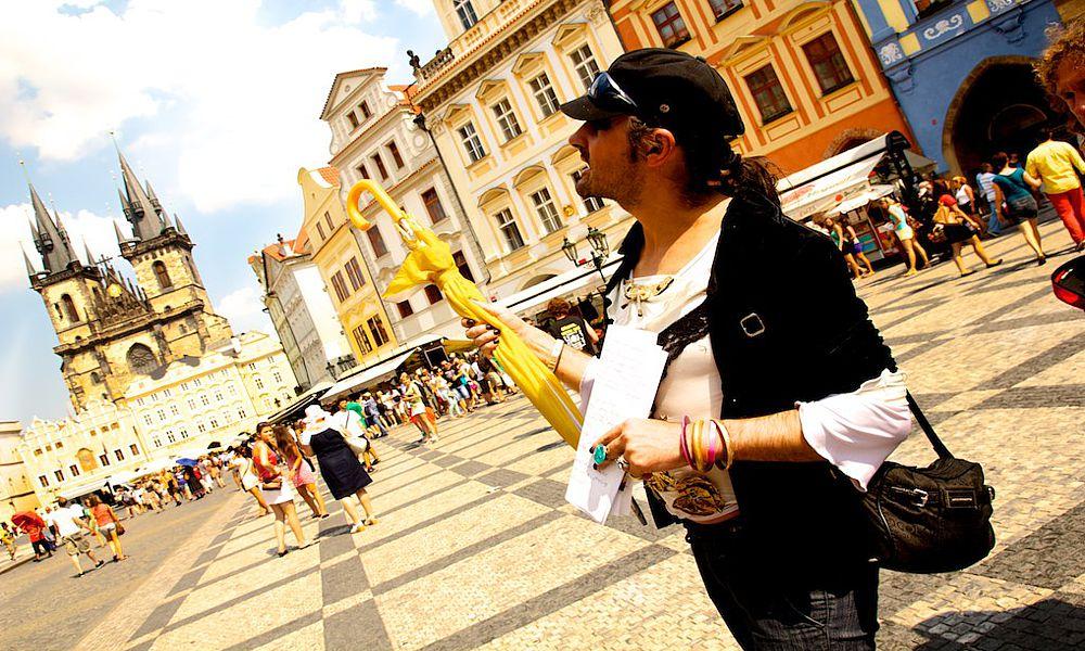 Туристов защитят от нелицензированных гидов Праги