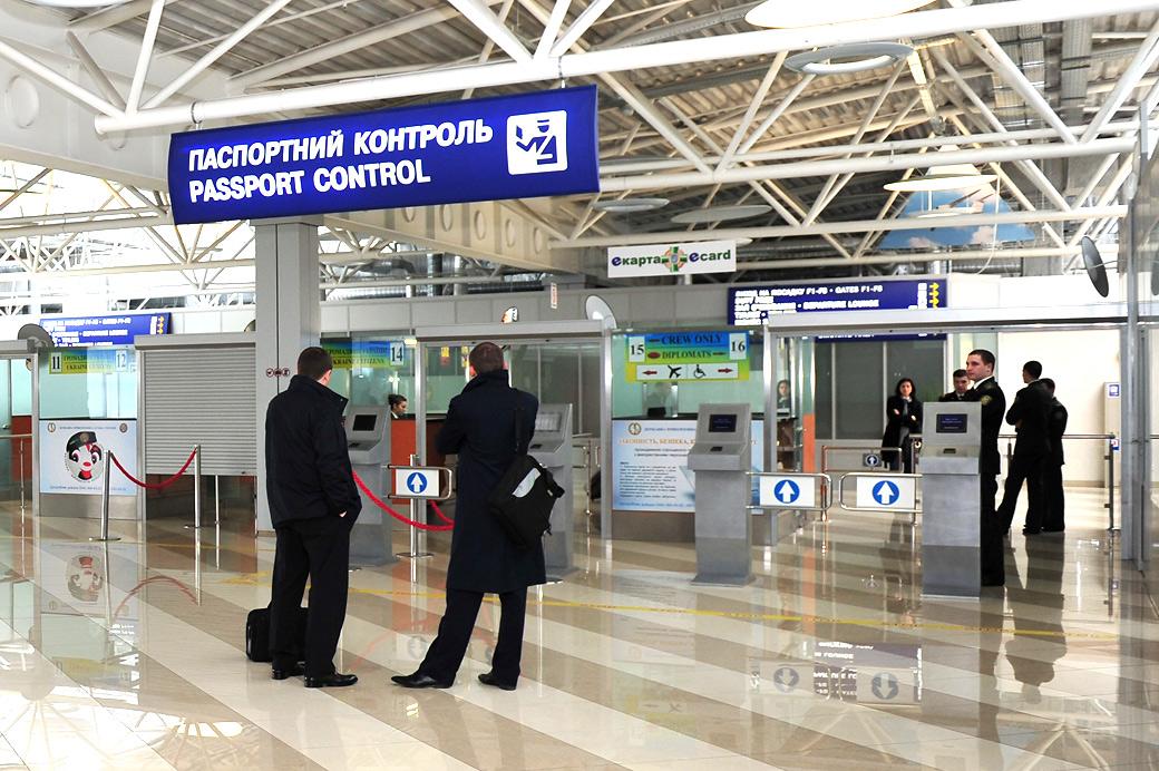 В Минэкономразвития туристам предложили безвизовый режим