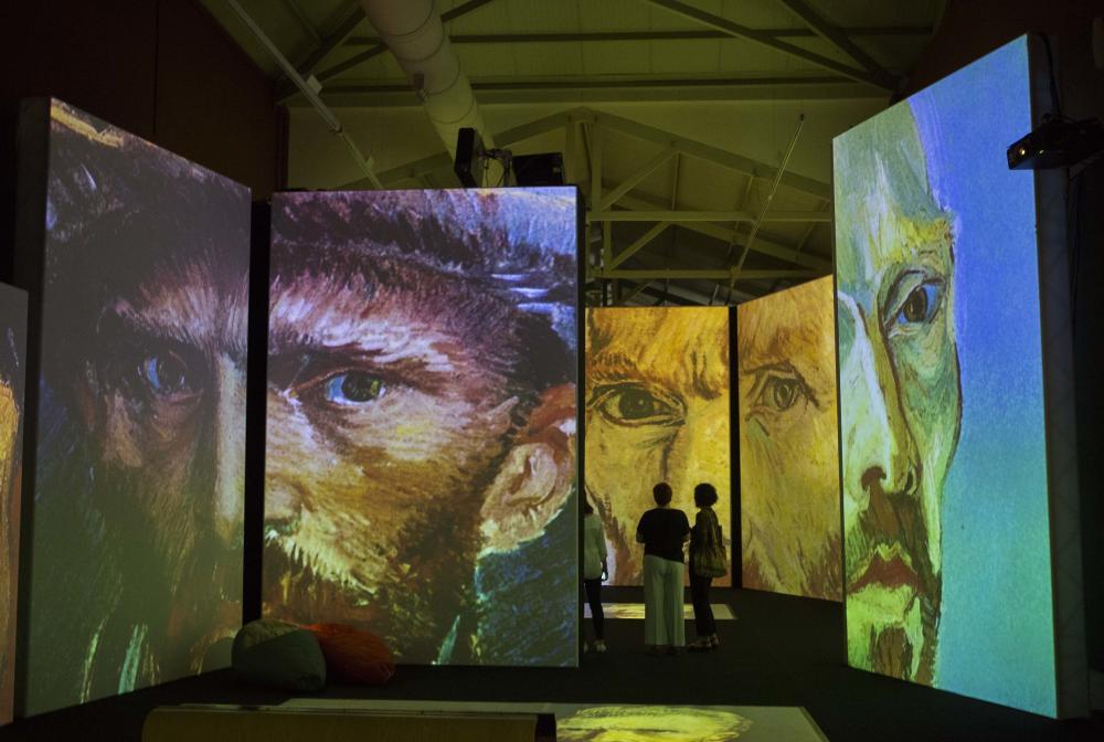 В Аликанте открылась мультимедийная выставка работ Ван Гога
