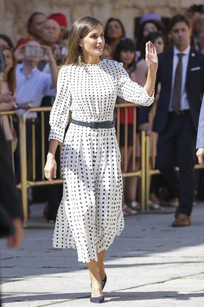 Недорогое платье королевы Летисии было вмиг раскуплено