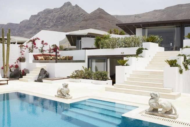 Испанские знаменитости, которые сдают свои дома