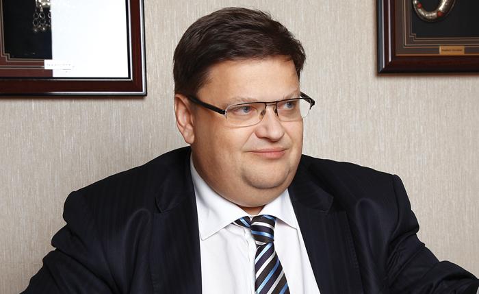 Владимир Воробьев нашел инвестора, продав ему часть активов «Натали Турс»