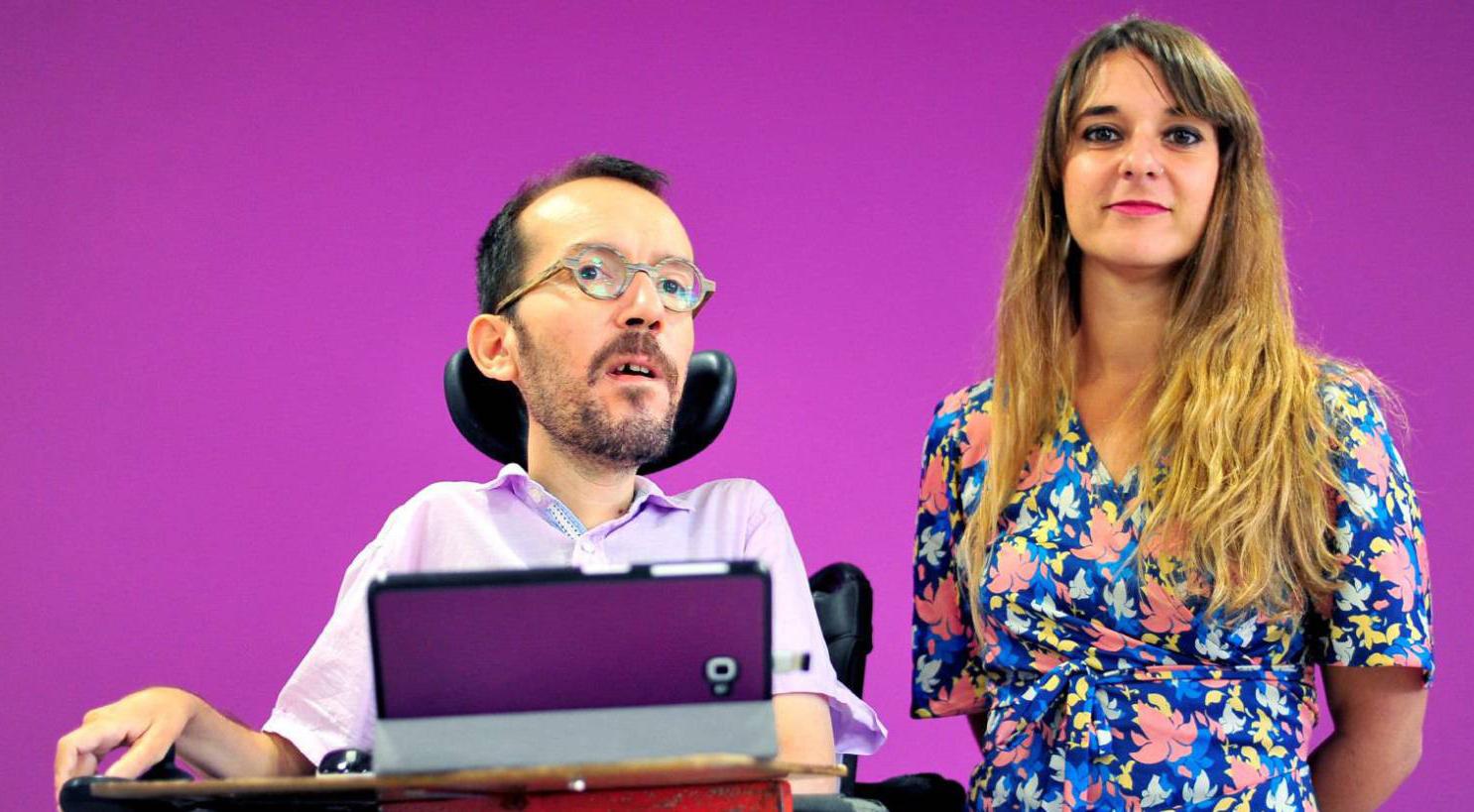 Podemos требует от правительства Санчеса увеличения минимальной зарплаты до €1000 в 2019 году
