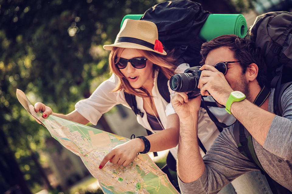 Исследование: молодежь предпочла туризм сексу