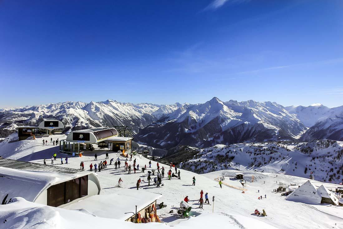 Пик продаж горнолыжного Сочи туроператоры ждут после ноябрьских, рост спроса – до 20%