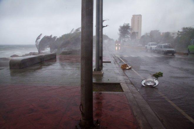 Авиасообщение с Сицилией прервано из-за шторма