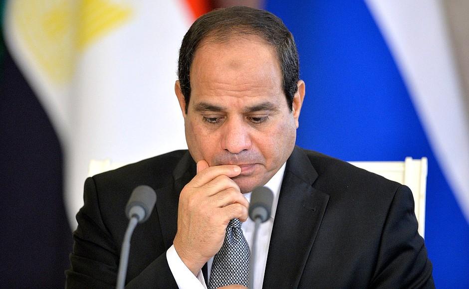 Президент Египта уверен в восстановлении российских чартеров