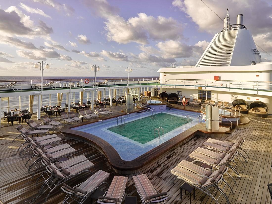 Royal Caribbean и Silversea Cruises объявили о постройке двух новых лайнеров