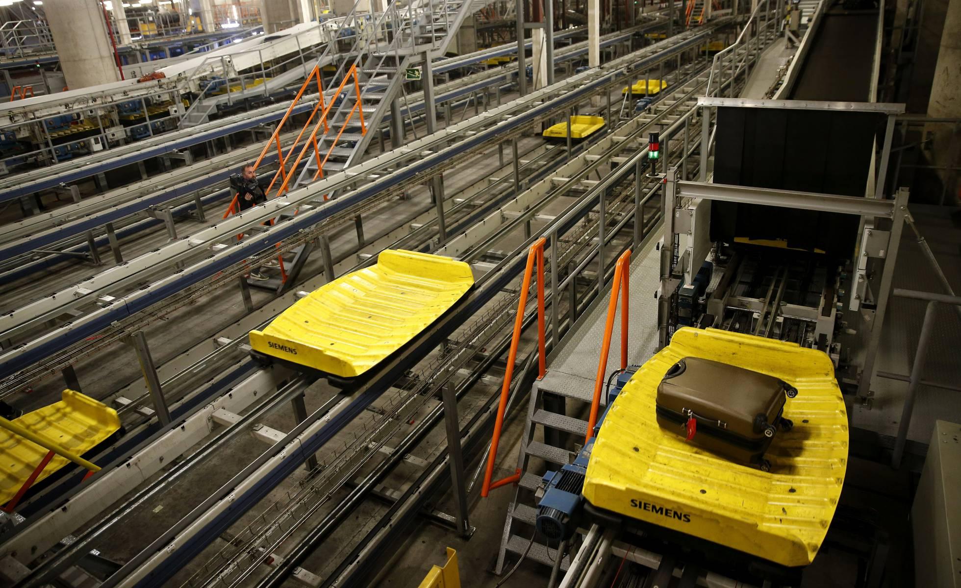 Компания Aena закупит оборудование для обнаружения взрывчатки на €702 миллиона