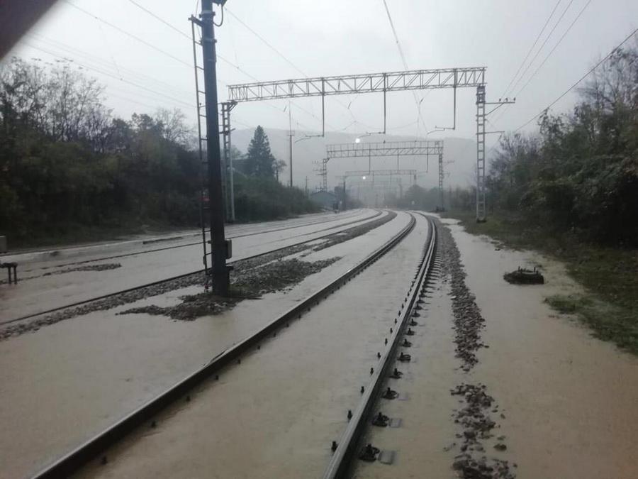 От наводнения в Краснодарском крае пострадали «железнодорожные» туристы, уже появились аннуляции