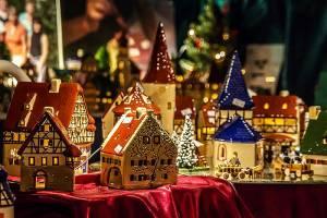 В какой город Европы дешевле всего поехать на Рождество