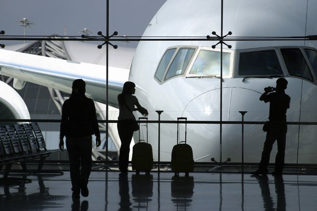 Более 20 авиакомпаний обанкротились из-за роста цен на топливо