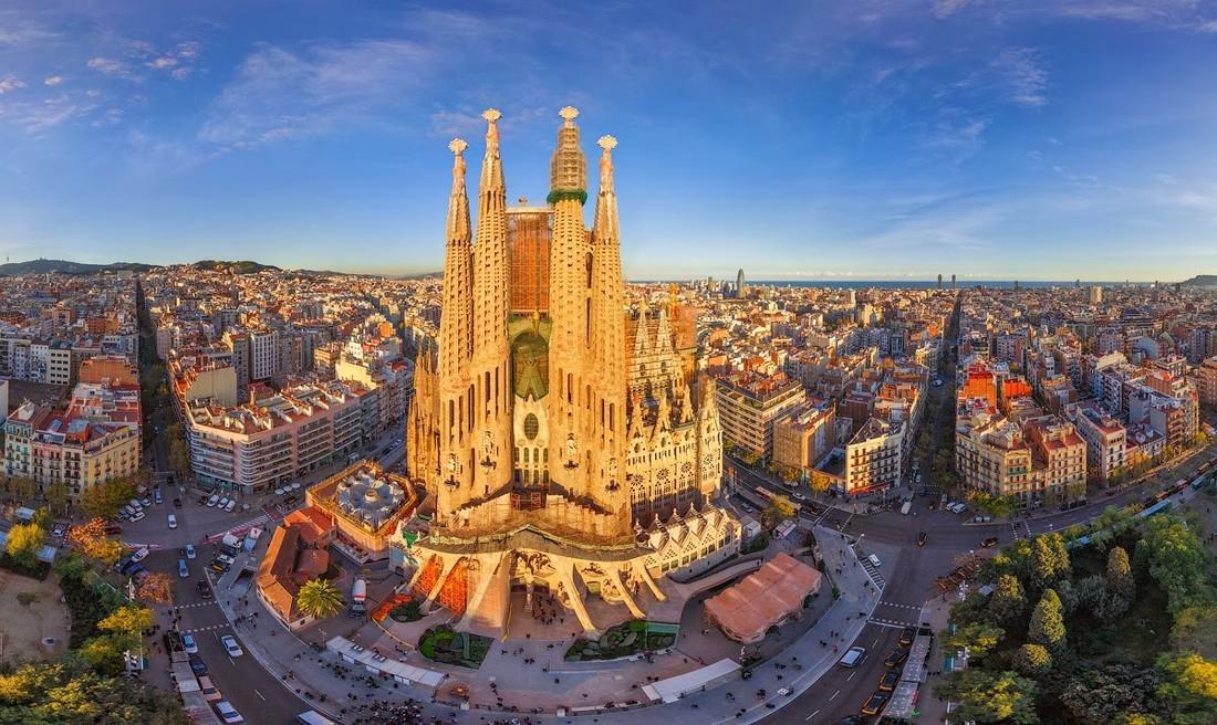 Лавров затронет тему туризма, посетив Испанию