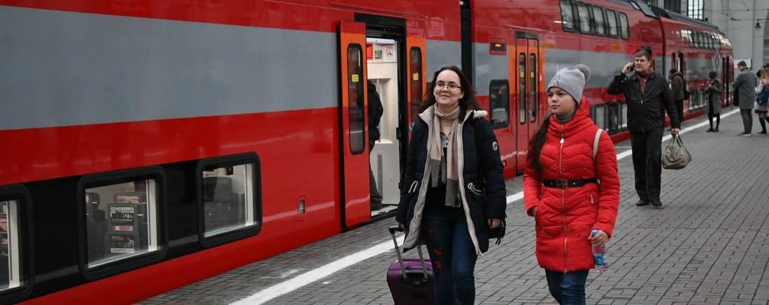 «Аэроэкспресс» в каникулы повезет юных туристов за 1 рубль