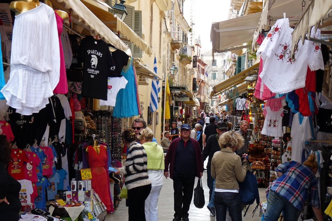 В Греции подсчитали расходы российских туристов этим летом