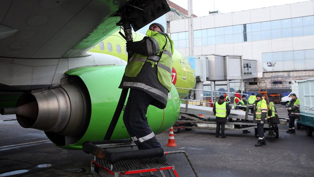 Эксперты: рост цен на авиатопливо в России приведет к массовому банкротству авиакомпаний