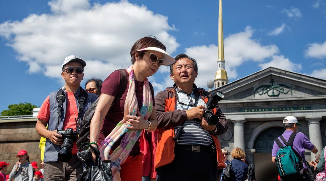 Число китайских туристов в России приросло на 10%
