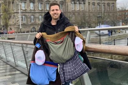 Туристы придумали способ бесплатного провоза багажа на жадных лоукостерах