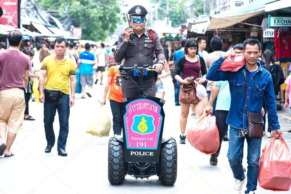 Российских туристов в Таиланде предупредили: ходите с паспортом