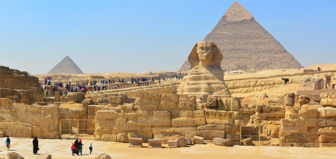 В Египте после реставрации открыли для туристов пирамиду Хефрена