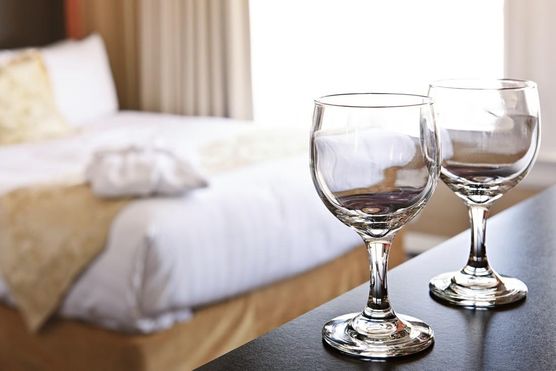 Крупнейшие отели Китая извинились за антисанитарию горничных