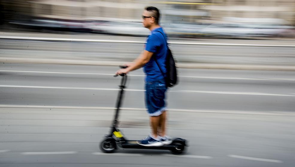 Cabify запустит в Мадриде сервис совместных электросамокатов