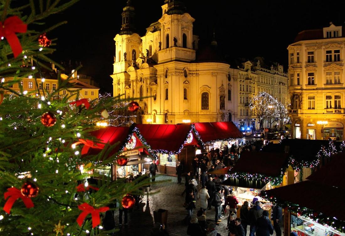 Прогноз: на Рождество и Новый год Прагу посетит 280 тыс. туристов