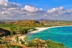 Стихийные бедствия отпугнули туристов от островов Индонезии