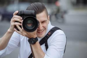 Богатая семья из Британии ищет фотографа для путешествий