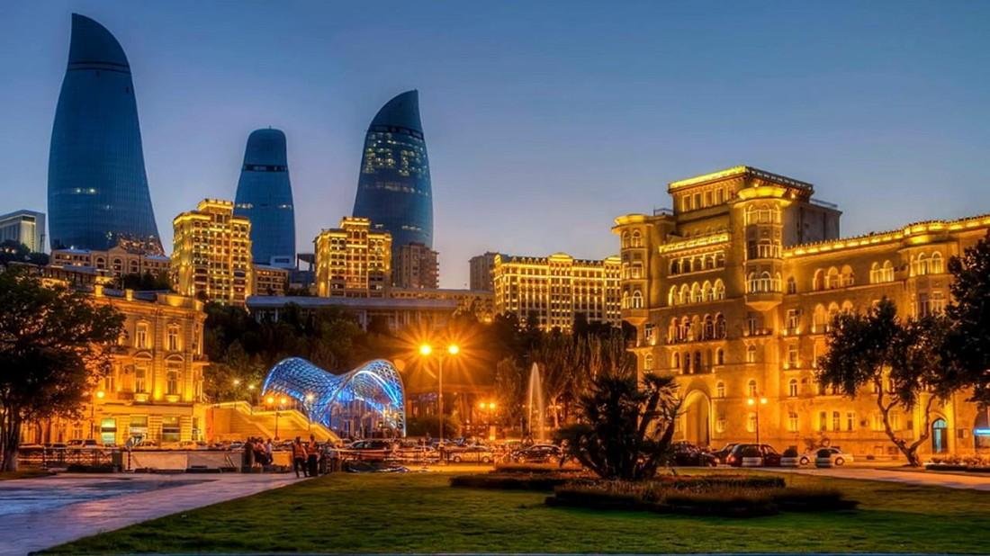 В Азербайджане насчитали более 800 тыс. российских туристов