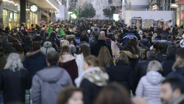 Население Испании растет из-за иммигрантов