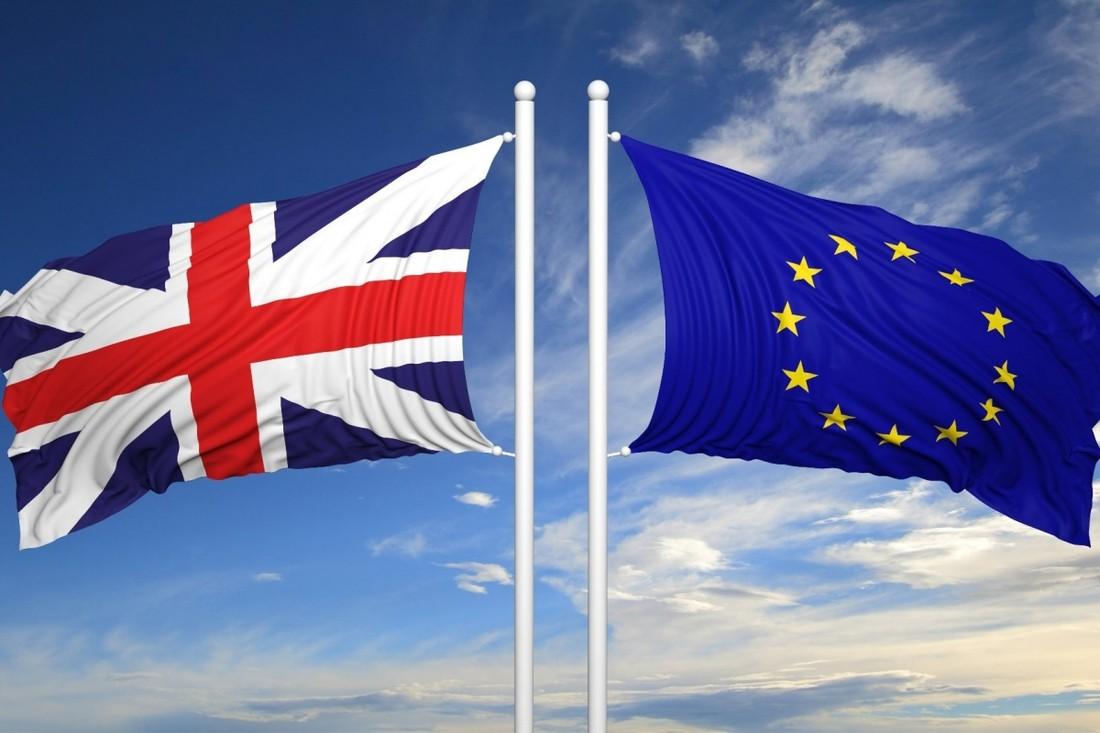 Британским туристам рекомендуют не бронировать туры в случае «Брексита»