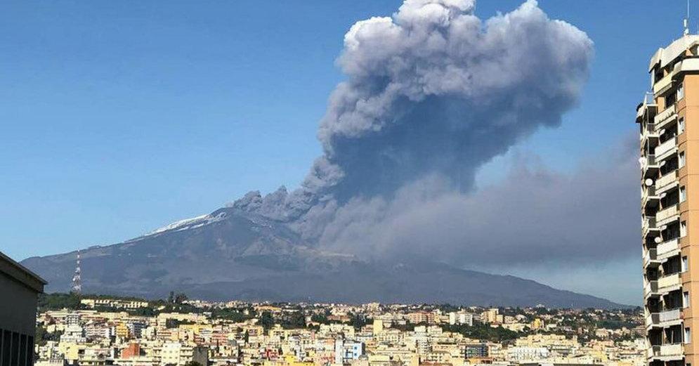 Проснувшаяся Этна вызвала землетрясения на Сицилии: пострадали десять человек