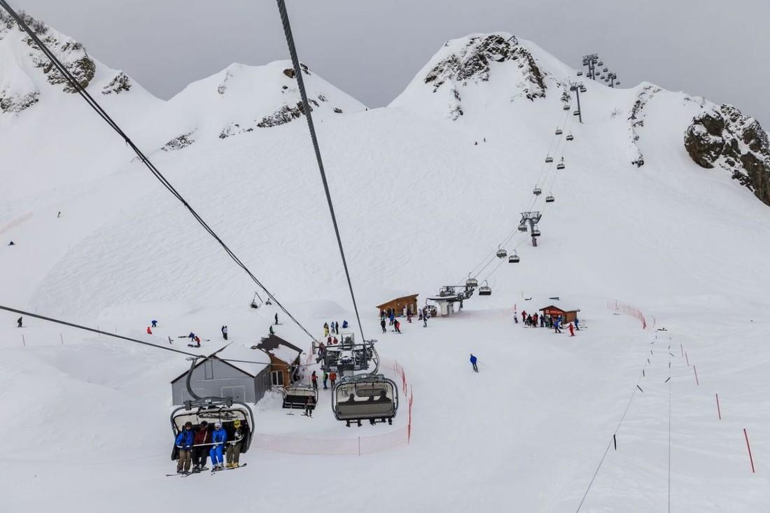 В Красной Поляне открылись первые трассы, в зимнем сезоне Сочи ждет до 1.3 млн туристов