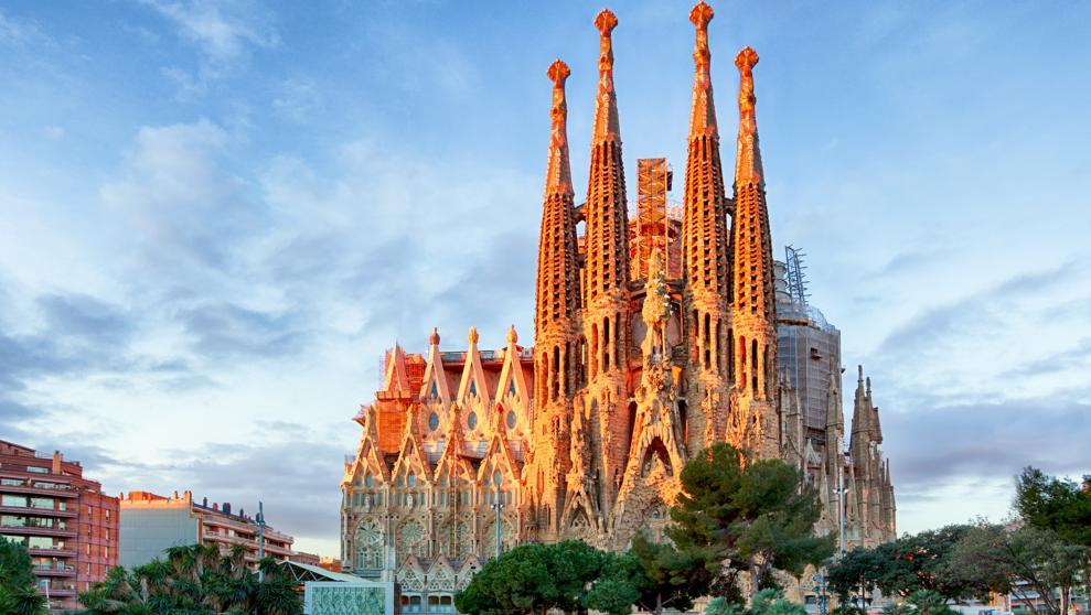 Храм Саграда Фамилия входит в список 10 самых популярных достопримечательностей мира