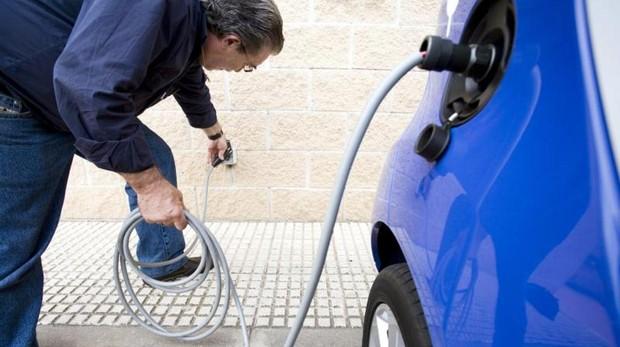 Сообщество Мадрид будет возмещать жителям до 5 тысяч евро за покупку экологически чистого транспорта