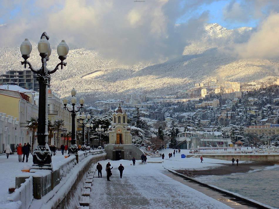 Сафонов назвал топ-5 популярных у туристов новогодних направлений