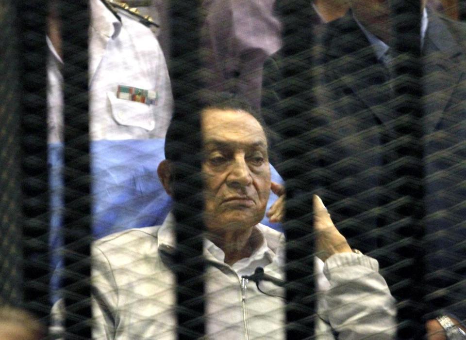 Почему в 2011 Египет был закрыт для туристов: Хосни Мубарак дал показания против Мохаммеда Мурси