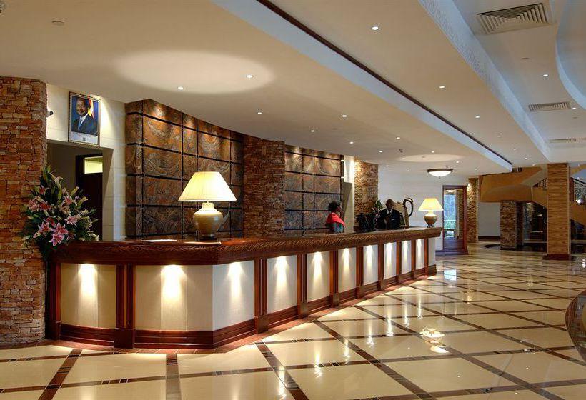 Обязательное присвоение звёзд российским отелям отложат на год