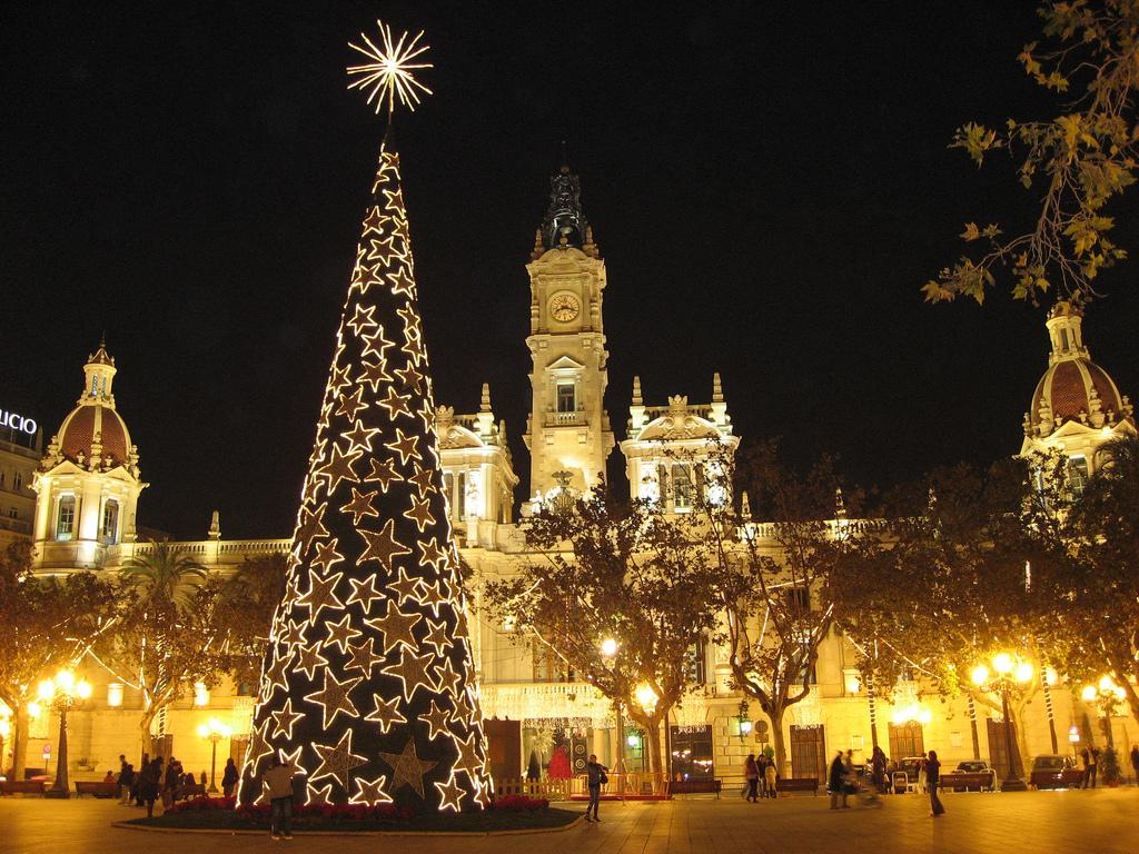 Как встречают Новый год в Испании?