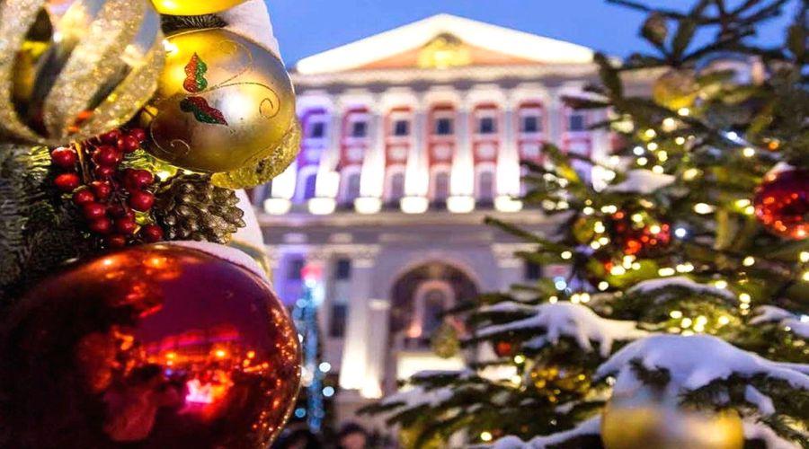 Исследование: туристы на новогодние каникулы поедут в Москву, Адлер и Санкт-Петербург