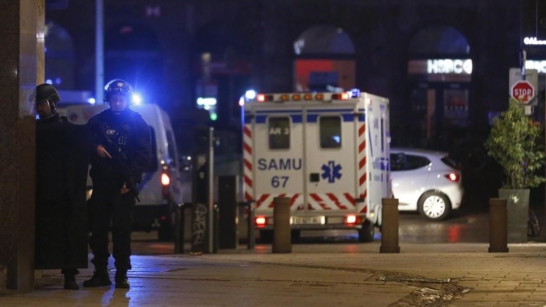 Ростуризм призвал туристов избегать центра Страсбурга и быть бдительными