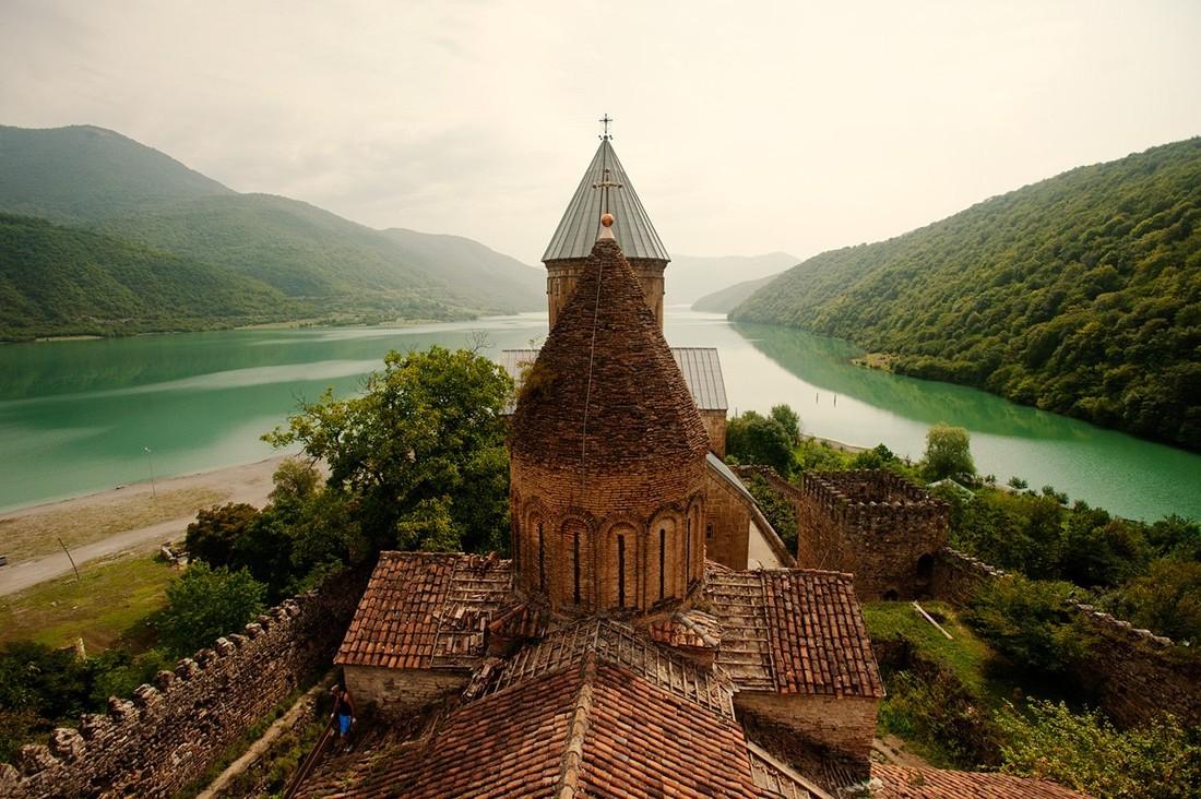 Российские туристы заняли третье место по турпотоку в Грузию