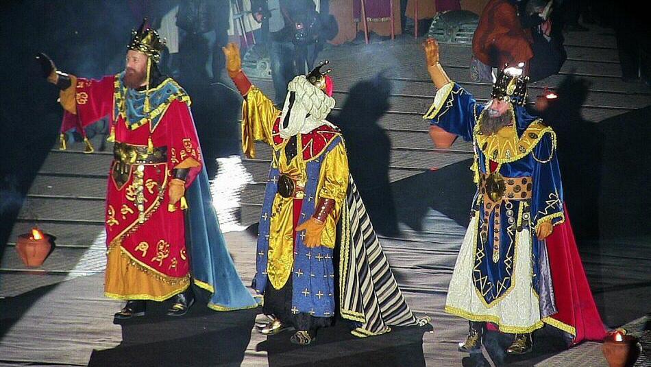 Встреча трех королей в Испании