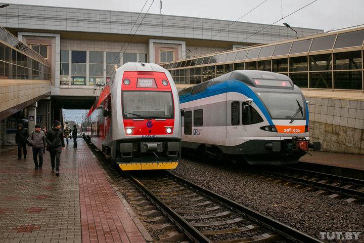 Билеты на некоторые поезда в Россию до 10 января станут дешевле. БелЖД проводит новогоднюю акцию