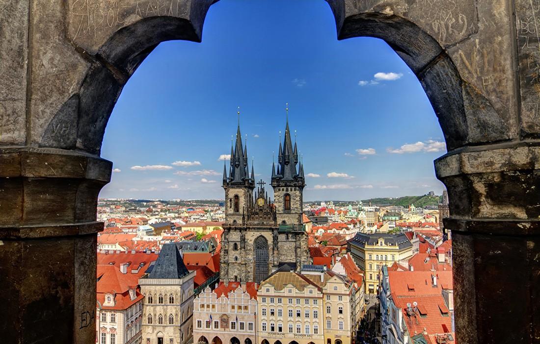 Туроператоры: в фаворитах «межсезонной» экскурсионки в Европе у туристов Италия и Чехия